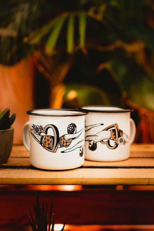 FLOWERS AND YOU - Emaille Tasse