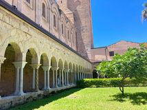 Il Chiostro della Cattedrale, Fine settimana a Cefalù