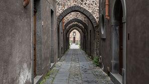 Via degli Archi a Randazzo