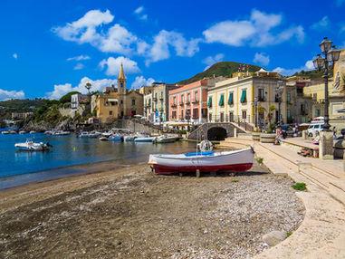 Lungomare di Lipari, Tour Sicilia 10 giorni