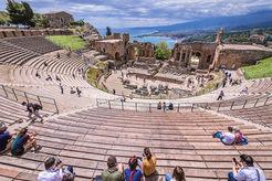 Teatro greco di Taormina, Sicilia il Grand Tour