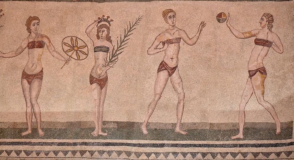 Mosaici di Piazza Armerina, Ragazze in Bikini