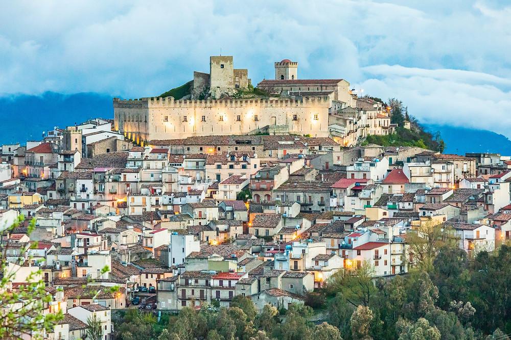 Castello di Montalbano, Montalbano Elicona cosa vedere