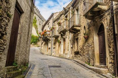 Per le vie di Montalbano Elicona, Fine settimana sui Nebrodi