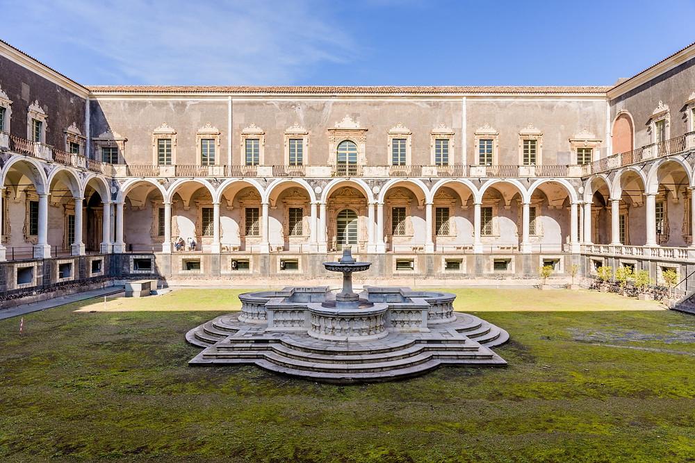 Monastero dei Benedettini Catania, cosa vedere a catania in un giorno