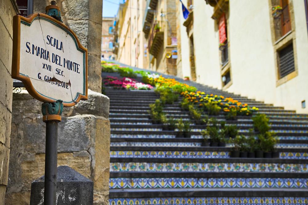 La Scalinata di Santa Maria del Monte a Caltagirone infiorata
