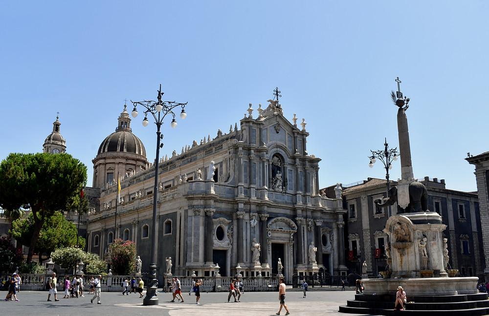 Piazza Duomo, cose da vedere a Catania, Tour Sicilia Orientale