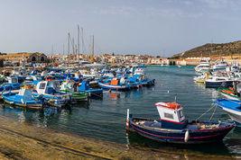 Il porto di Favignana
