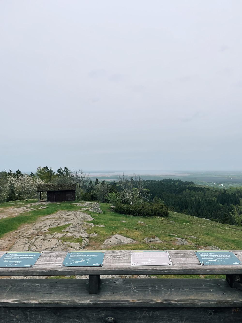 Utsikt från utkikstornet vid Hjässa - Ombergs högsta punkt.