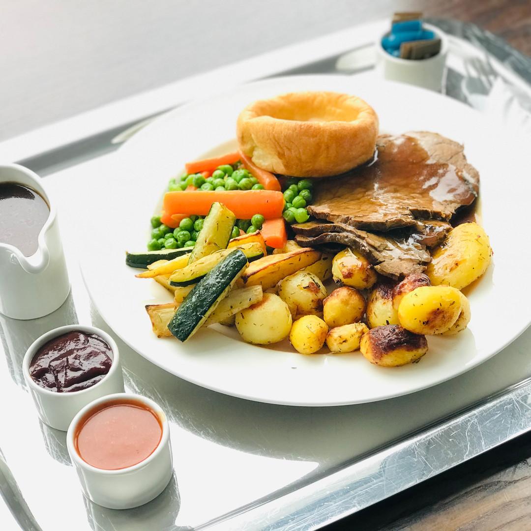 Roast dinner room service.jpg