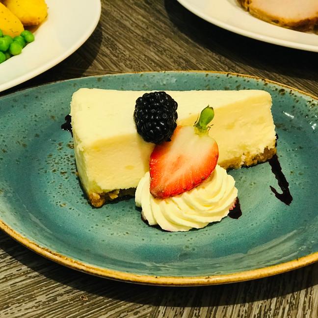 Baked Vanilla Cheese Cake.jpeg