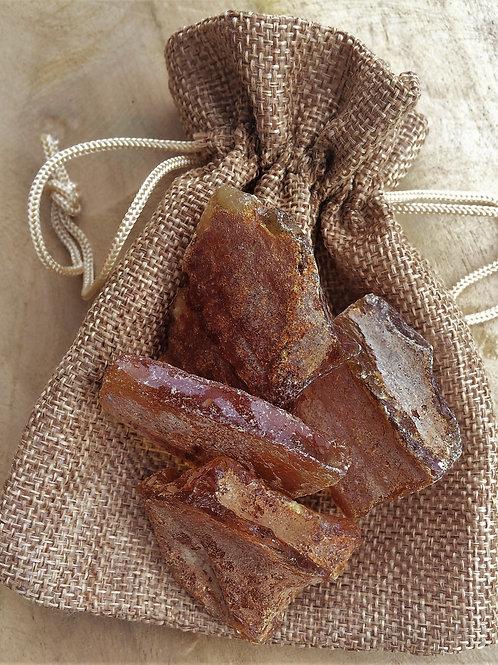 Jantár, kamene na prípravu jantárovej vody