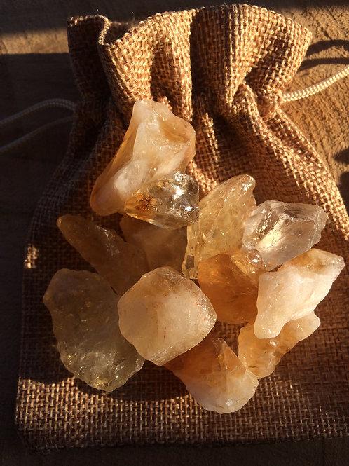 Citrín, kamene na prípravu citrínovej vody