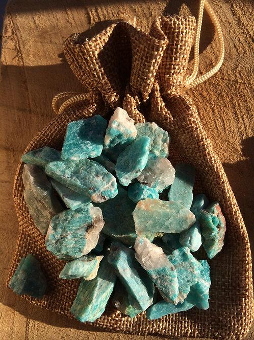 Amazonit, kamene na prípravu amazonitovej vody