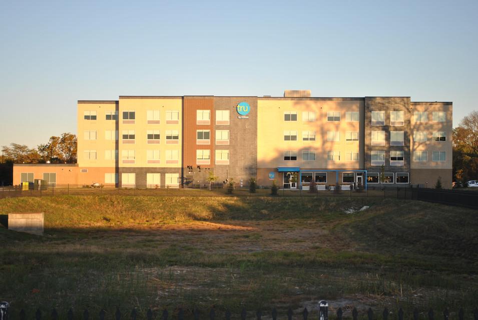 Hilton Tru