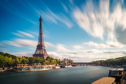 long-exposure-eiffel-tower-paris-france