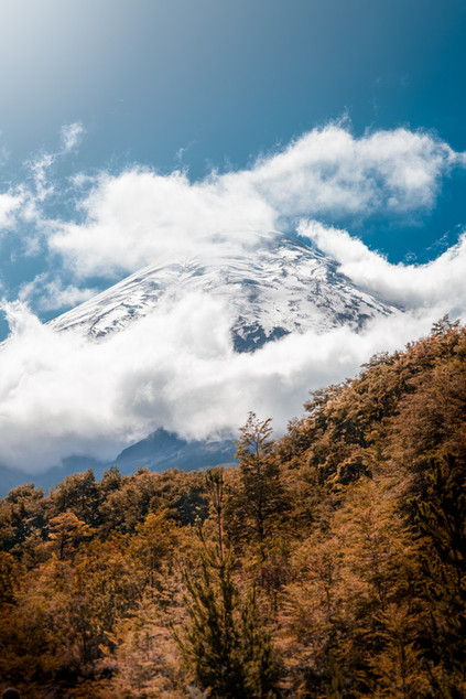 mountain-in-the-cloud-chile