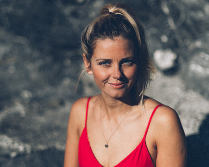 TALKS THAT MATTER - Meet Sara, Founder of Pura Clothing, a sustainable Swim and Active Wear Brand
