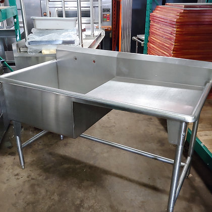 1 Pot Sink w/drainboard