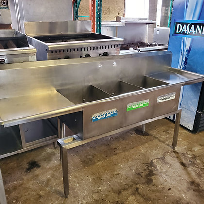 3 Pot Sink with Drainboards