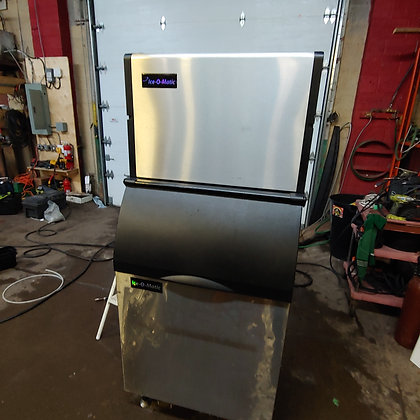 600 ibs Ice Machine
