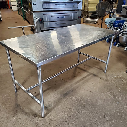 6' x 3' Island Style Stainless Steel Table