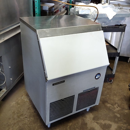 150 Ibs undercounter Ice Machine