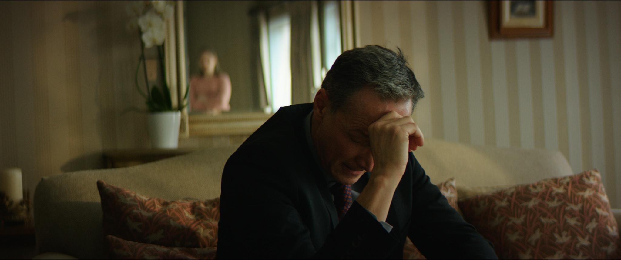 Derek in despair