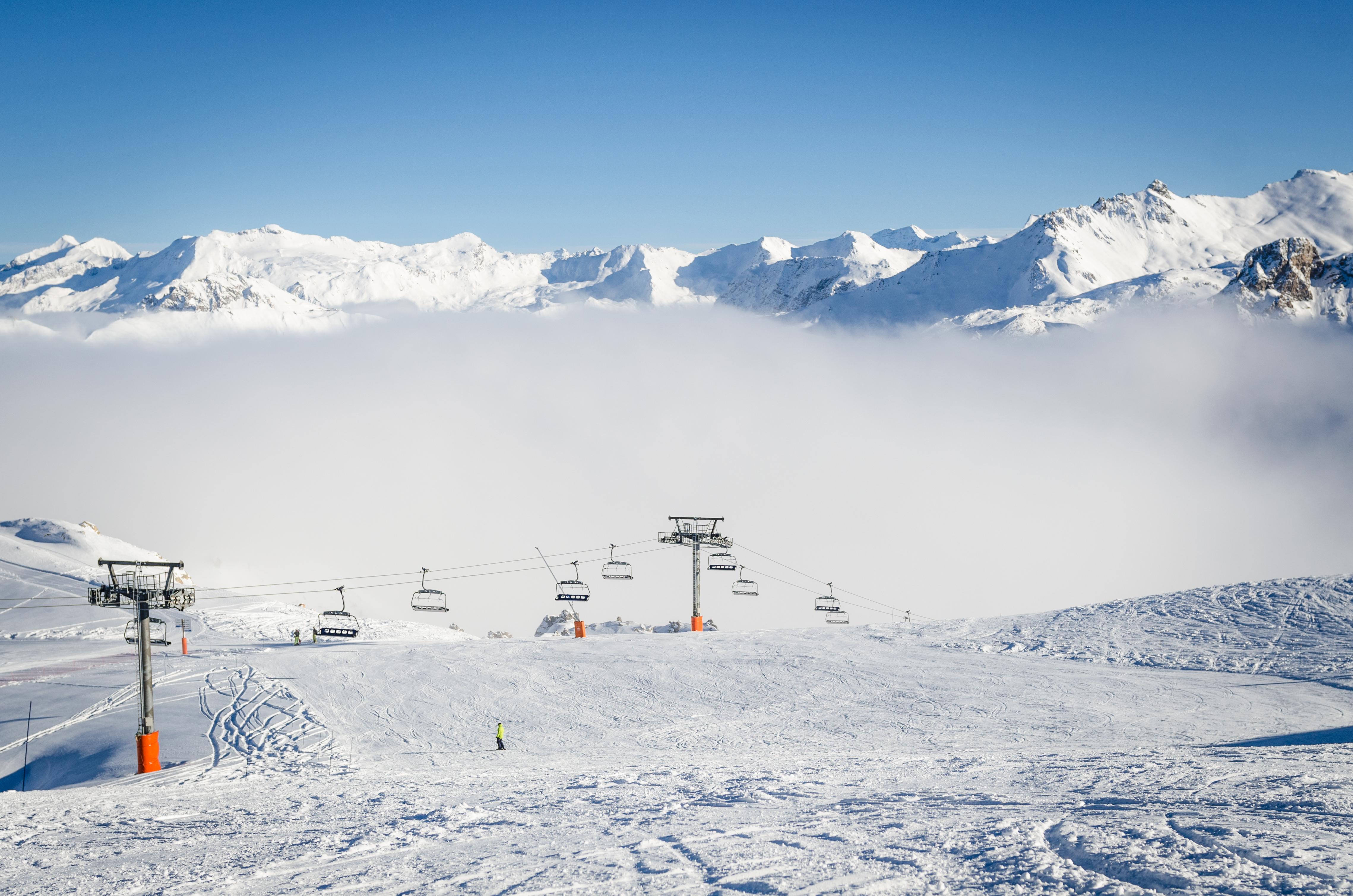 Expert ski instruction