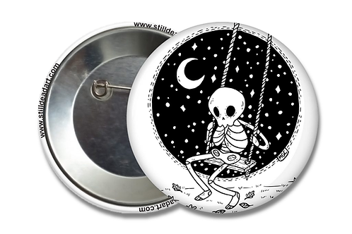 Swinging Skelly • Matte Button