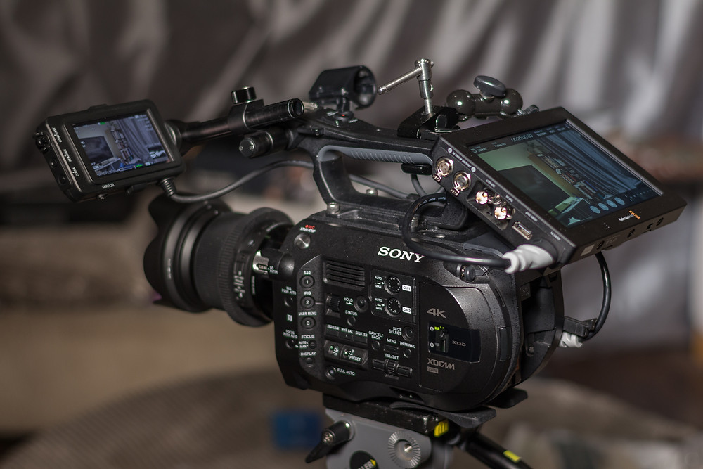 FS7, with a the Video Assist attached