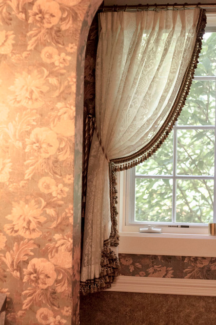 powder-room-window-treatment.jpg