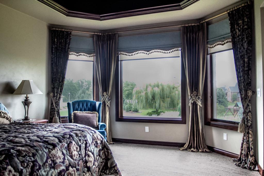 traditional-master-bedroom-drapery.jpg