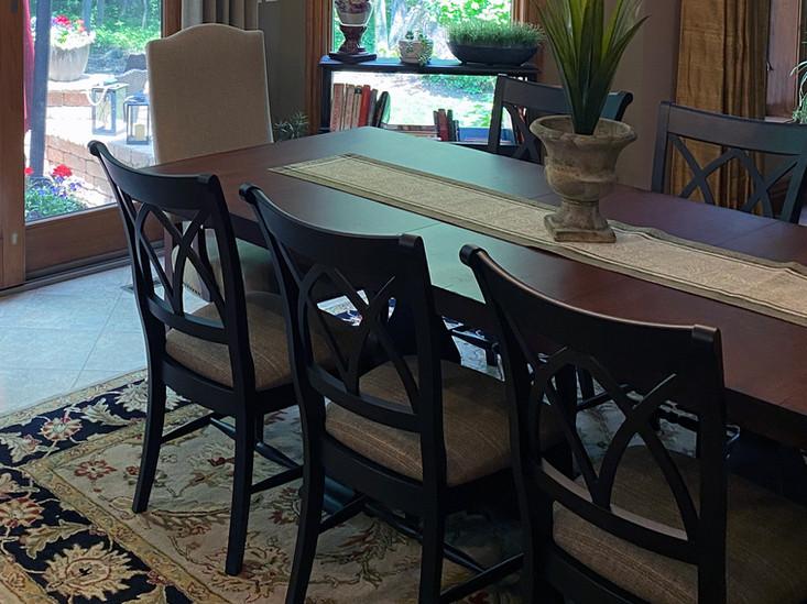 IMG-3164 close up table.jpg