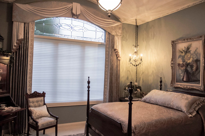 traditional-guest-room.jpg