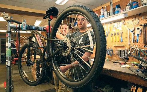 Louisville-Cyclery_1.jpg