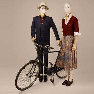 Bonami mannequins_Tailor Basics collection_man en vrouw