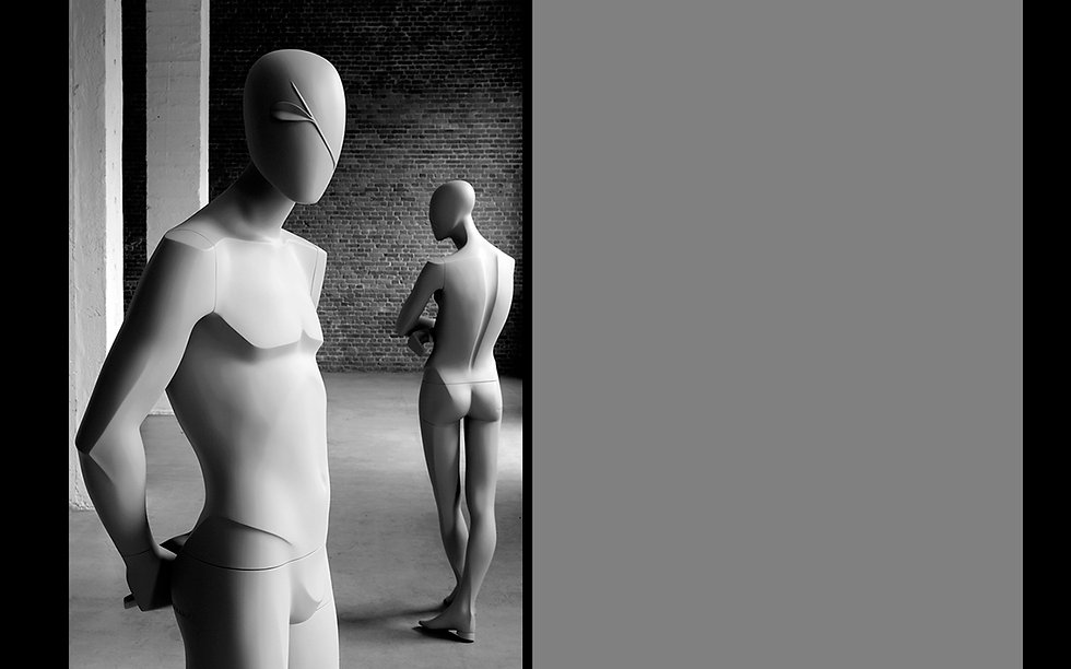 Male display mannequin for menswear