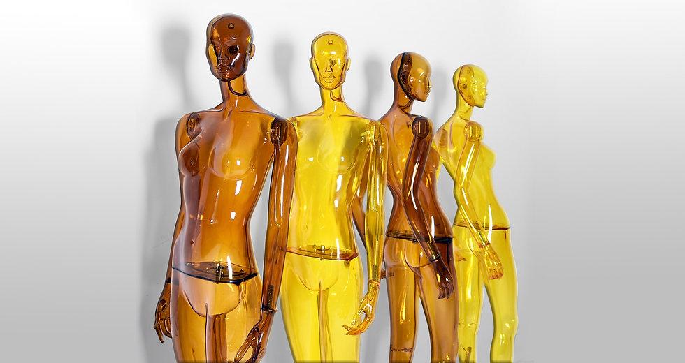 Sustainable transparent female mannequins