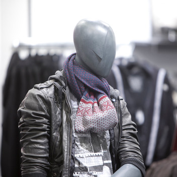 Bonami mannequins_Collection Shiki_male abstract mannequin_windowinspiration_mannequin_vmlife