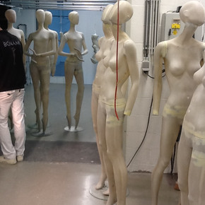 Quality control of a mannequin