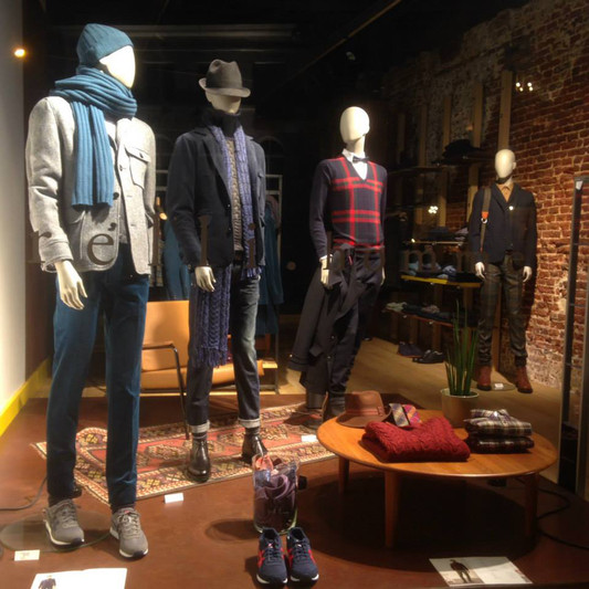 Bonami mannequins_Fashion King collection_men mannequin by Olivier Strelli