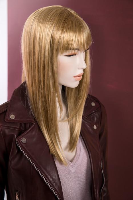 Bonami mannequins_Future mannequins_100% duurzame_afwerking geschilderd_make-up en pruik