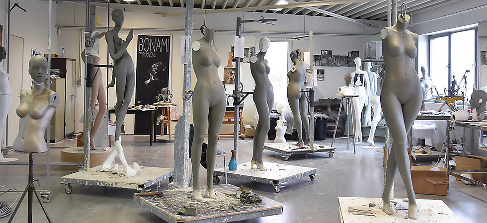 Manufacturing of mannequins