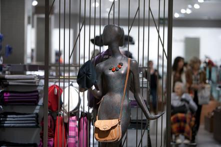 Bonami mannequins_collection voyage_female mannequin for accessoiries_handbags