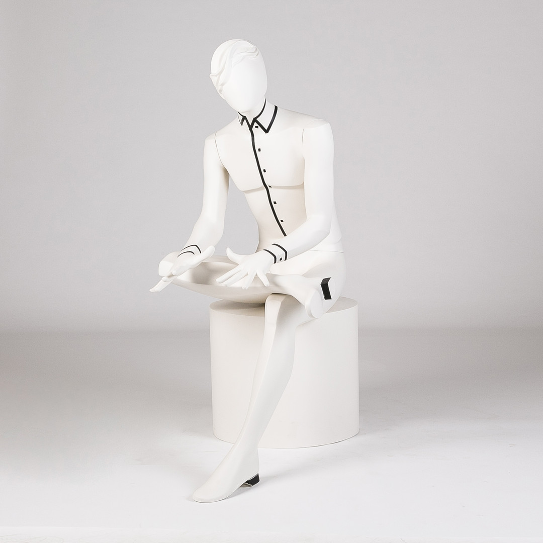 Bonami mannequins_Glamaga collection_male abstract mannequins_seated mannequin