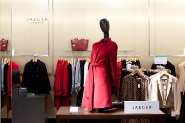 Bonami mannequins_collection voyage_female mannequin for accessoiries_bags_coats