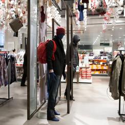 Bonami mannequins_Collection Shiki_male abstract mannequin_windowinspiration_mannequin_window