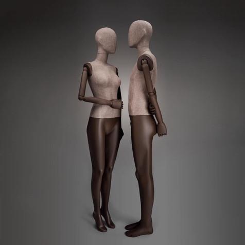 Bonami mannequins_Dames Simplicity collectie bedekt met stof