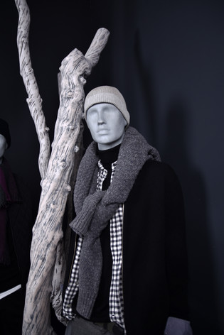 Bonami mannequins_collection future mannequin_finish raw concrete_unbreakable and recyclable mannequin_sustainability